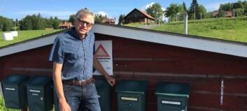 Riksdagsledamot agerar efter ledare om försenade tidningar