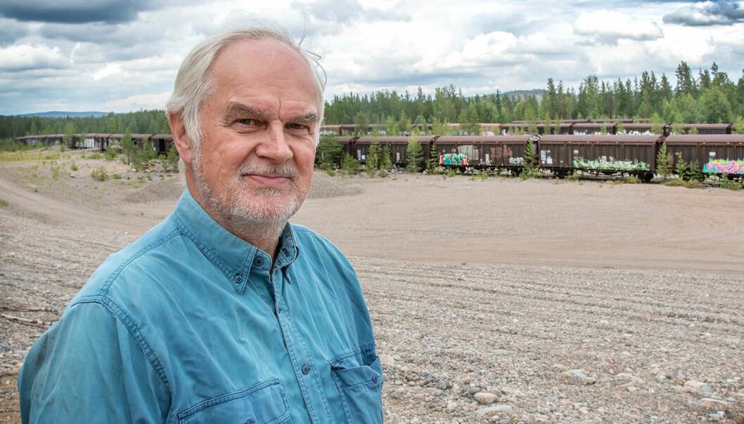 JT träffar Karl-Erik i det som förr var familjens grusgrop. - Jag skulle mer än gärna ta tillbaka marken och återplantera skog här, menar Karl-Erik Svedbäck.