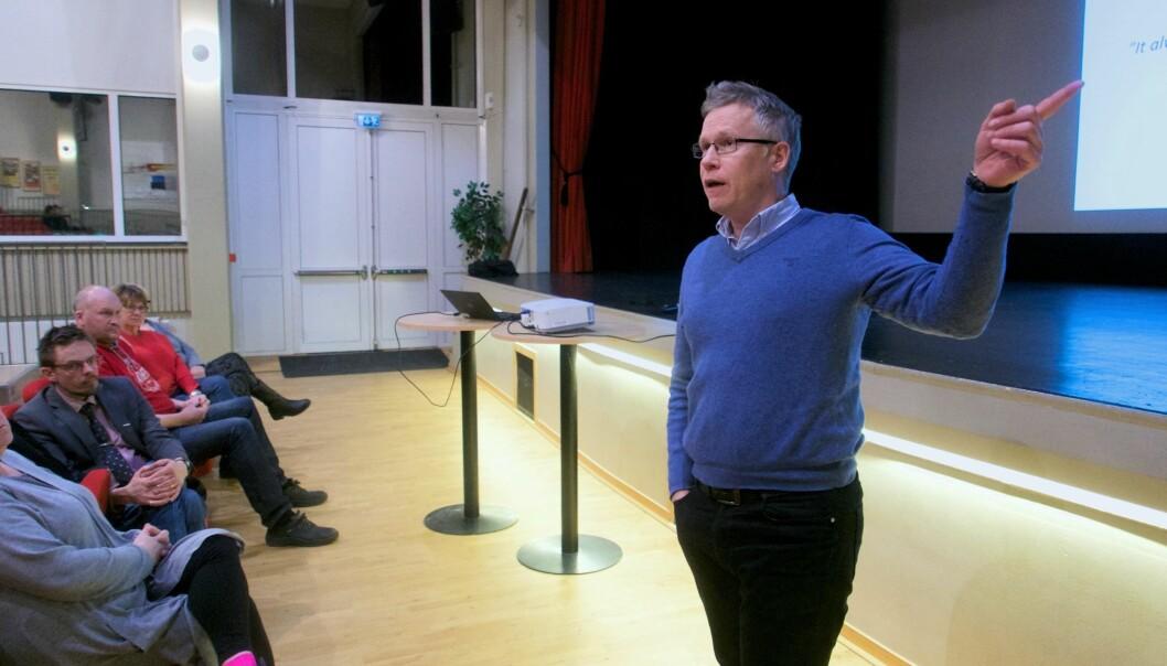 """Kommunalrådet Jörgen Persson (S) beskriver Bräckes ekonomiska läge som akut. Nästa år saknas 36 miljoner kronor. """"Nu måste vi dra i handbromsen"""", säger han."""