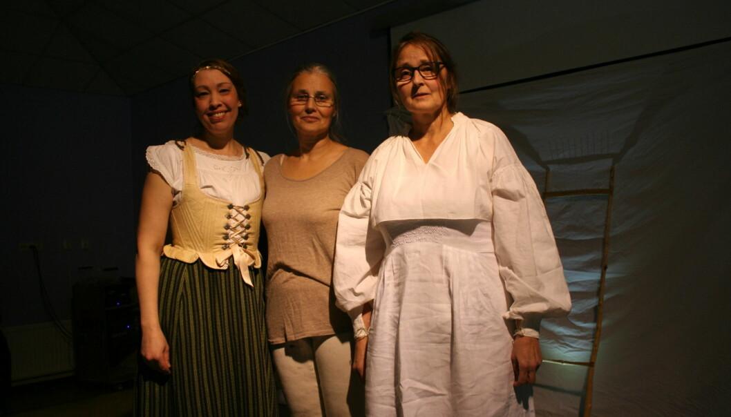 Föreställningens aktörer f.v. Annastina Danielsson, Linnea Larsson-Holm och Margareta Danhard.