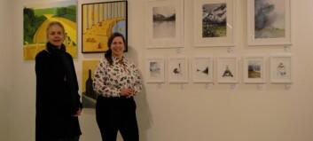 Åsa får inspiration på tåget - en av 15 konstnärer på Galleri Renée