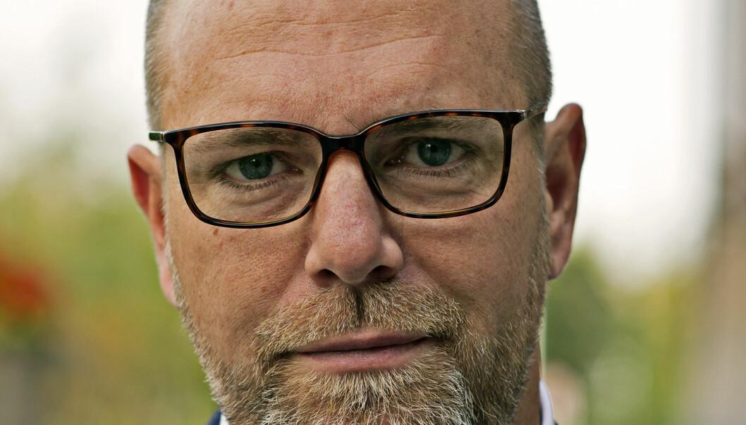 – Mannen som misstänks för våldtäkt på barn är avstängd från sitt arbete och vi bistår polisen på alla sätt vi kan, säger Anders Wennerberg, kommundirektör.