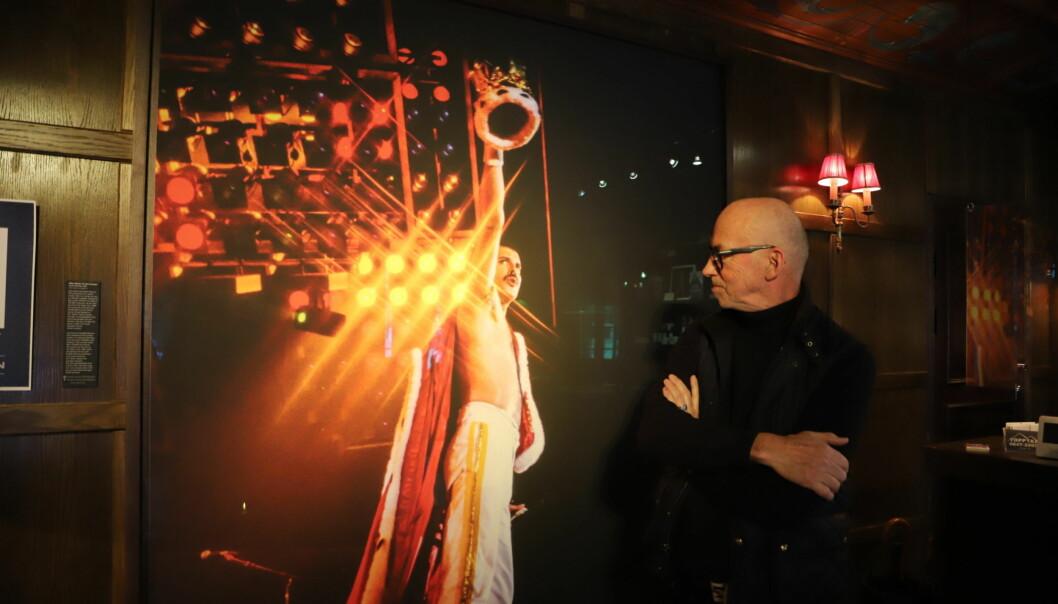 Thorleif Svensson fotograferade rockbandet Queens sista turné 1986. Nu finns utvalda fotografier på Åregården, redan i entrén möts man av bandets sångare Freddie Mercury i storformat.