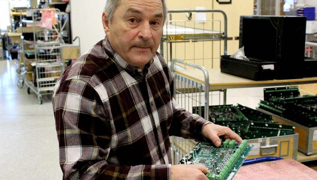 Mats Löwgren är vd för elektronikföretaget Hammlet, som tillverkar elektronik i både liten och stor skala. Det största projektet företaget har gjort är elektroniken i brandövervakningen för Stockholms tunnelbana - det projektet kom lägligt när världen drabbades av en finanskris 2008. Inte heller coronapandemin har fått företaget på fall.