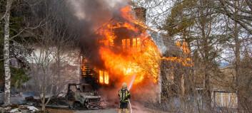Hus i centrala Hackås brann ner till grunden under valborgsmässoafton