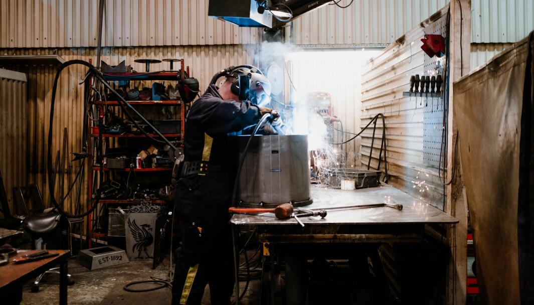 Det blåser positiva vindar över familjeföretaget Hakfelt Produktion. Hittills i maj har sju personer anställtsdd image caption