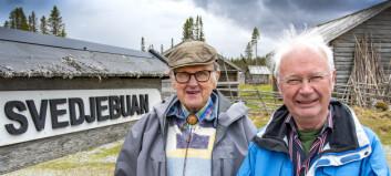 Pensionärer betalar skyltar på Fäbodvägen
