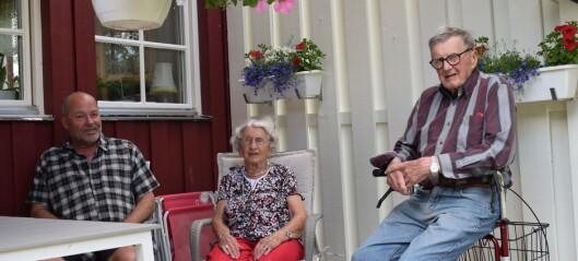 """Krokomsbostäder tvingar 90-åringar att flytta """"De får bära ut mig, jag flyttar inte"""", säger Rut"""