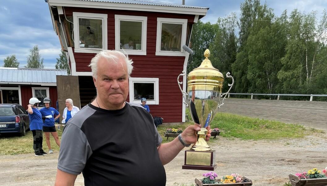 Sven-Olof Lindman är glad och stolt över att Hotingtravet blev av i år, över det nya världsrekordet och den goda stämningen som kännetecknar Hotingtravet.