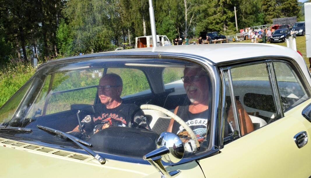 Perra Mattsson och Göran Linde från Östersund kom i en Dodge från 1959.