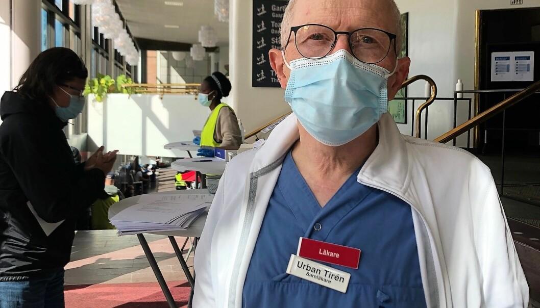 """""""Det är viktigt med hög vaccinationstäckning för att minska smittspridning och sjuklighet,""""säger läkaren Urban Tirén"""