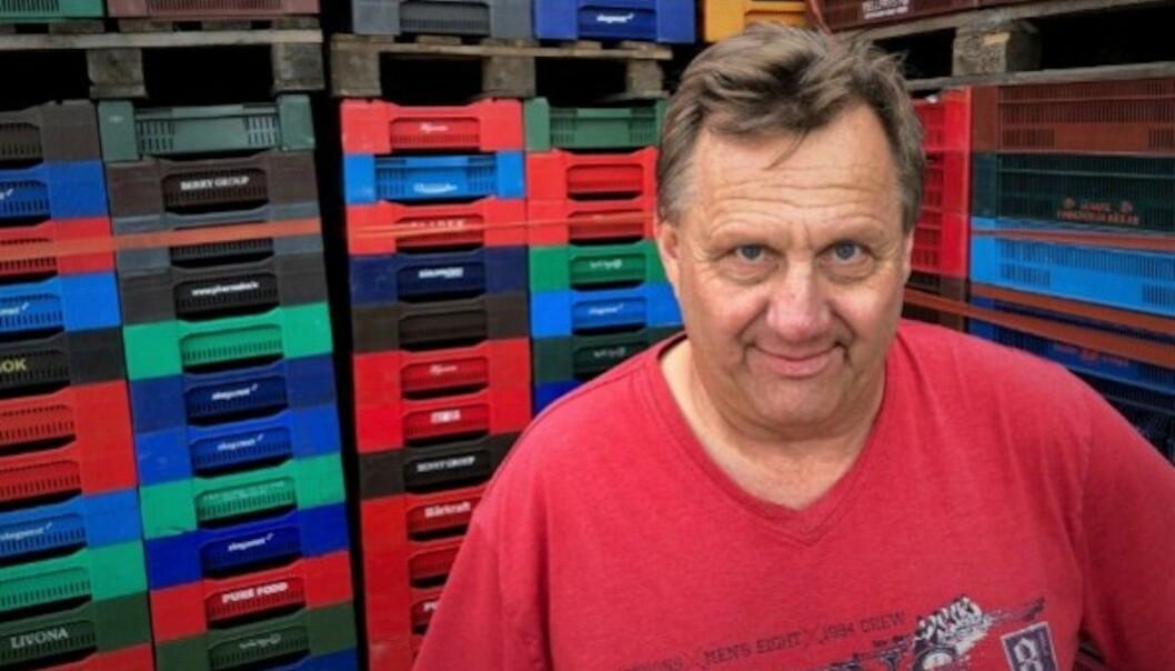 Bo Axelsson driver bärplockarföretaget Blommor och Bär, han konstaterar att fler plockare smittats.